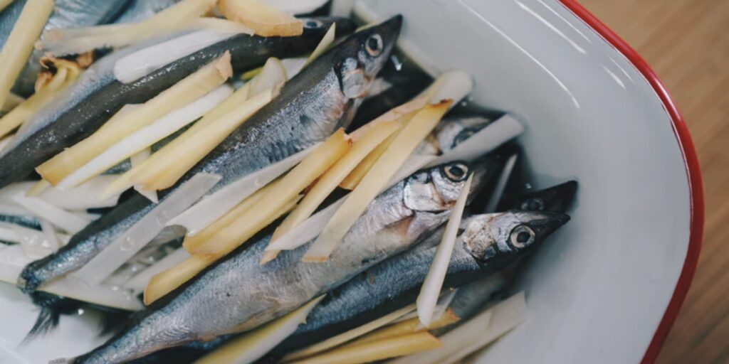 research suggests fish give essential fatty acids that boost brain power